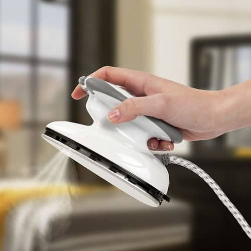no 1 rated travel iron